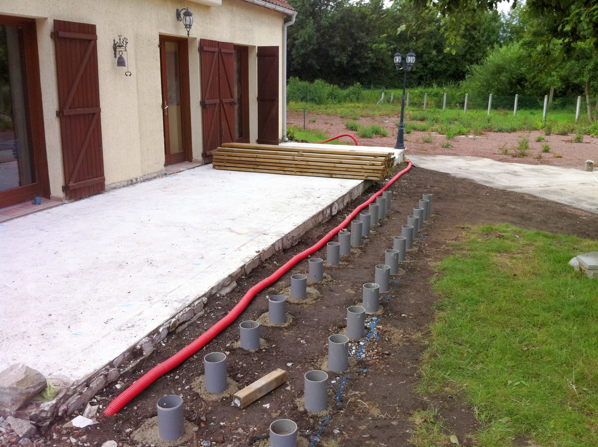 Terrasse bois sur plots beton Nos Conseils