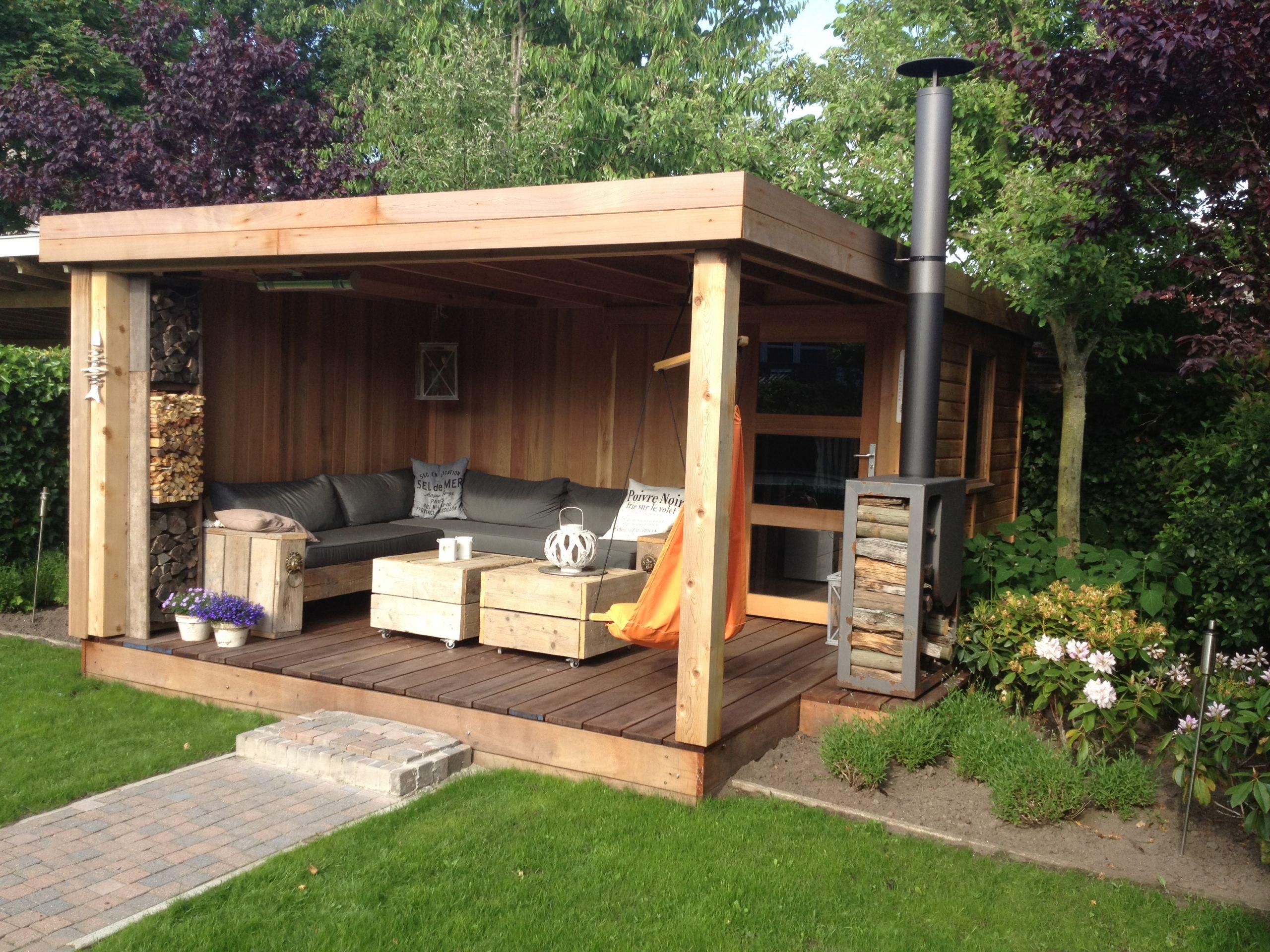 Fabriquer Une Tonnelle En Bois faire un abri de jardin ment construire un abri de jardin