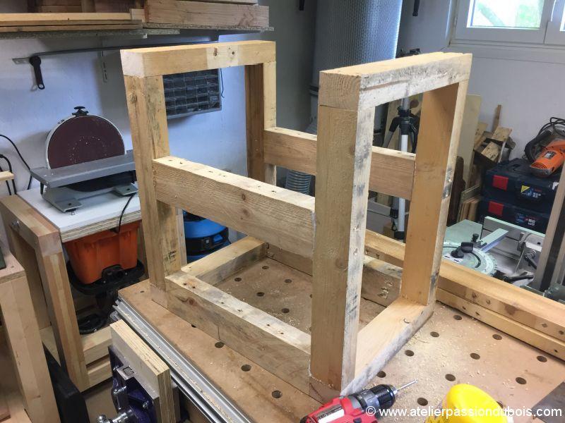 Réalisation d un fauteuil en bois de palette Atelier