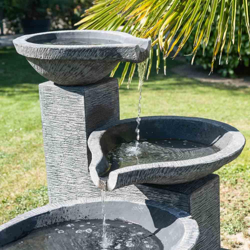 Fontaine de jardin à débordement bassin 3 vasques noire grise