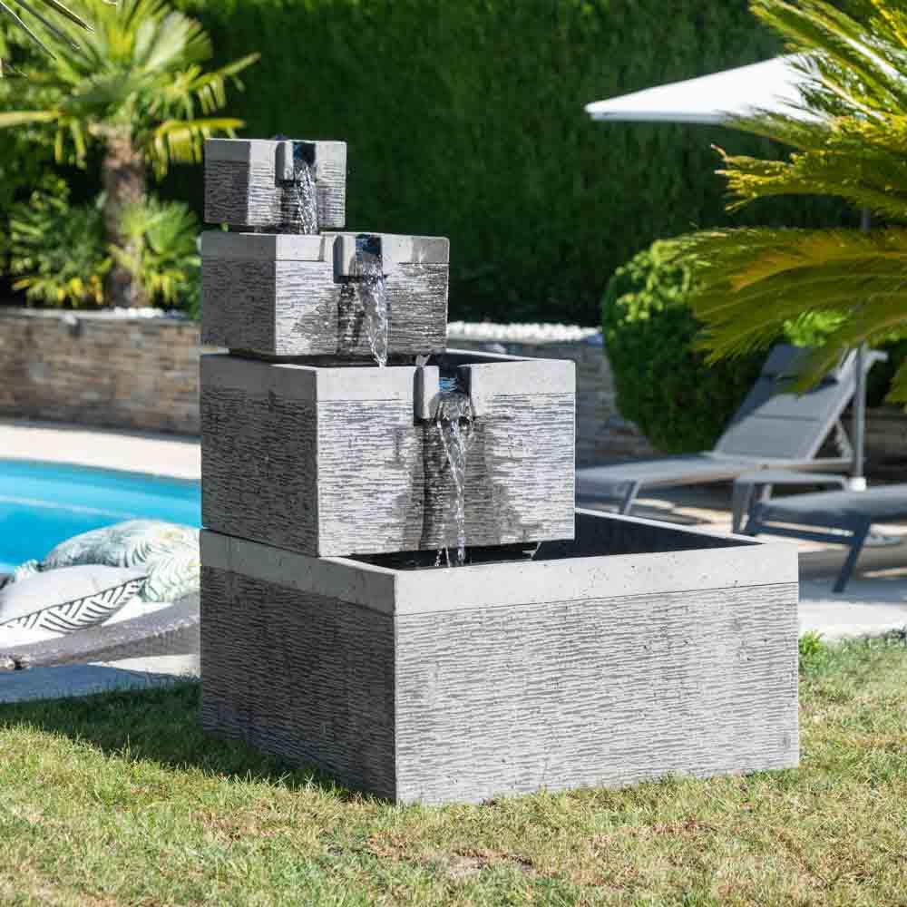 Fontaine de jardin fontaine à débordement bassin carré