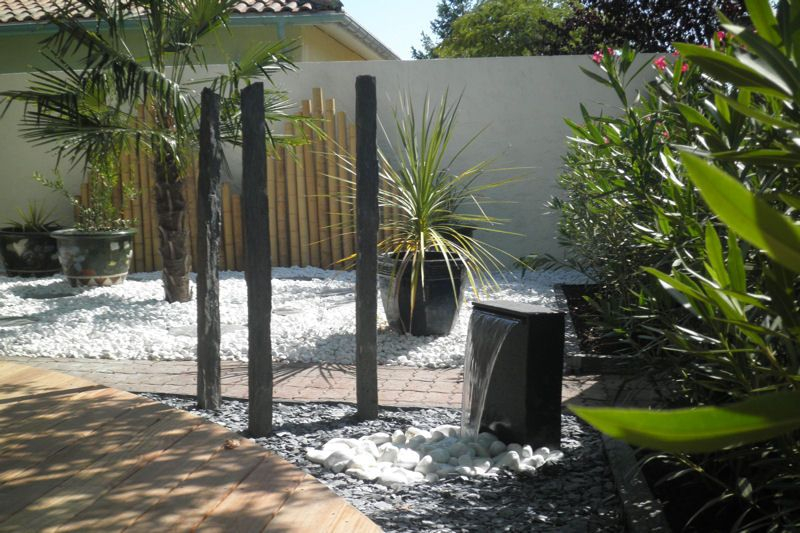 Fontaine dans un jardin zen Jardin Pinterest