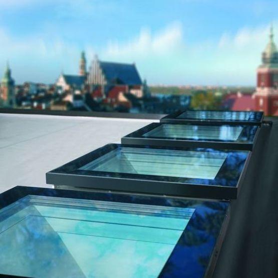 Fenêtre de toit plat à isolation thermique élevée