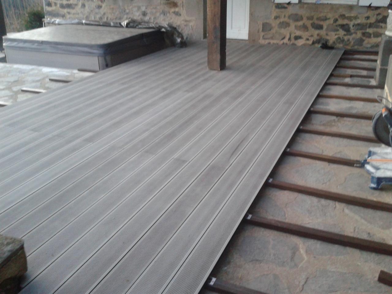 Lames De Bois Exterieur lame de bois exterieur lames en bois posite pour terrasse et