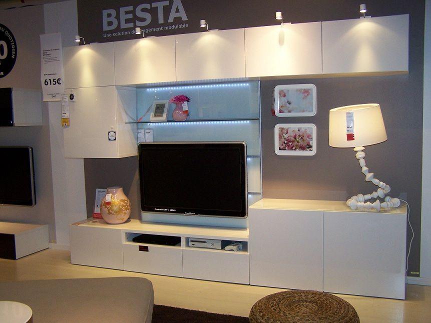 Album 2 IKEA réalisations en magasins autour de la