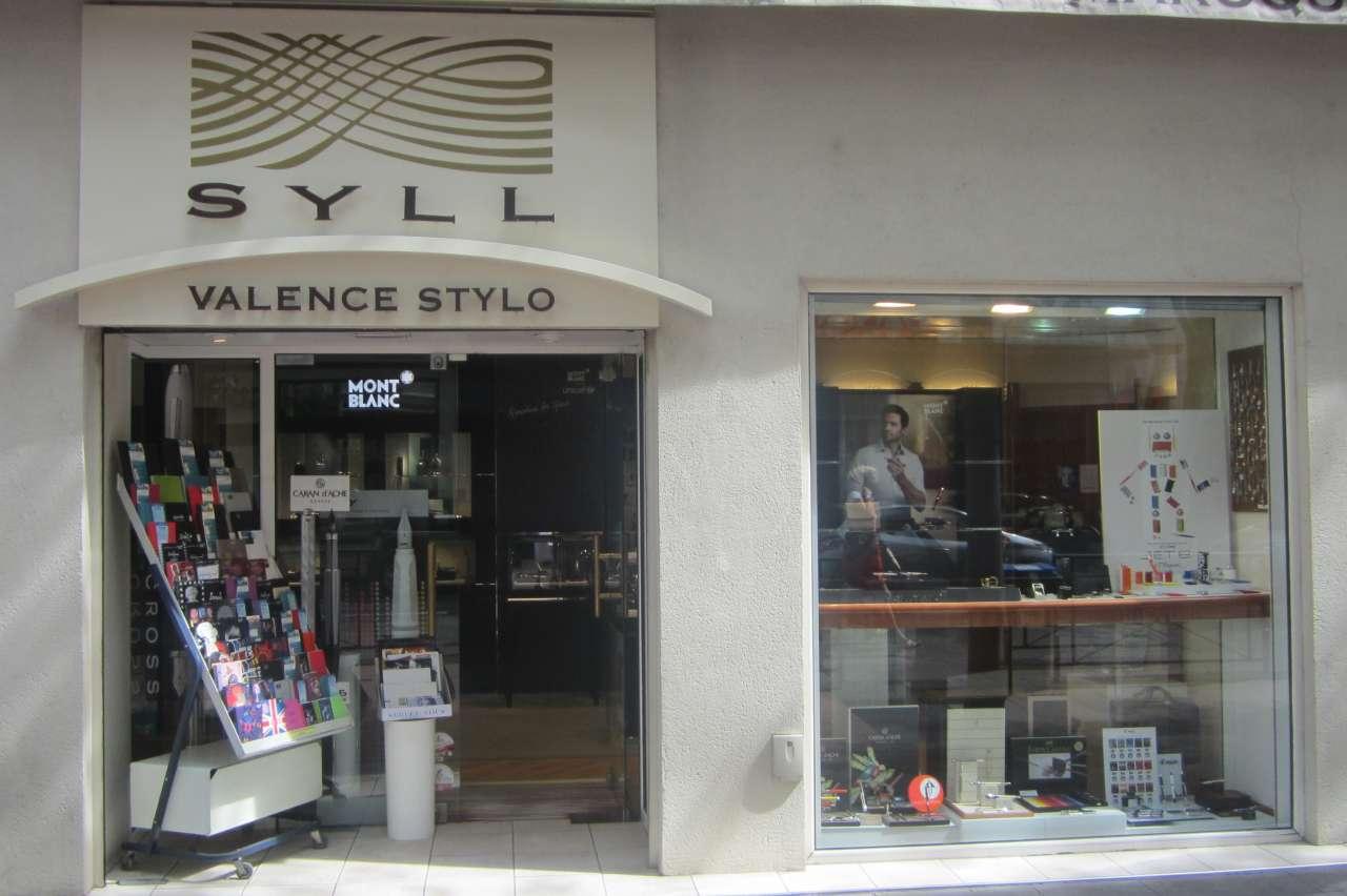 Ambiance Et Patines Valence magasin deco valence valence stylo valence maison déco
