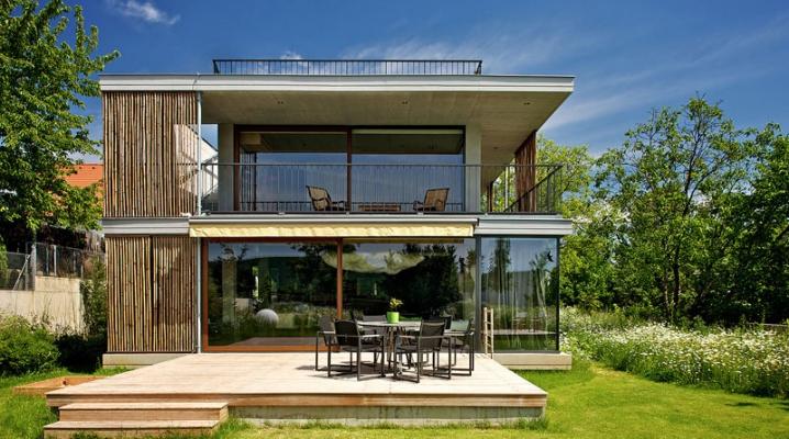 Plans d une maison contemporaine avec toit terrasse