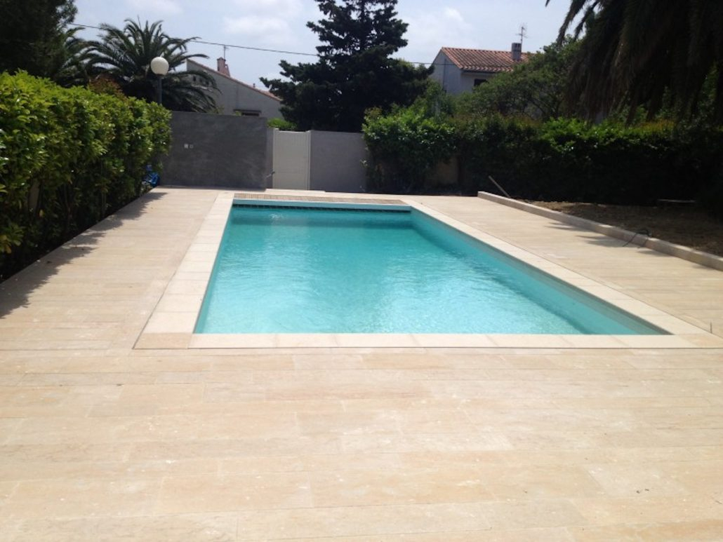 Dallage piscine margelle pour terrasse à Marseille