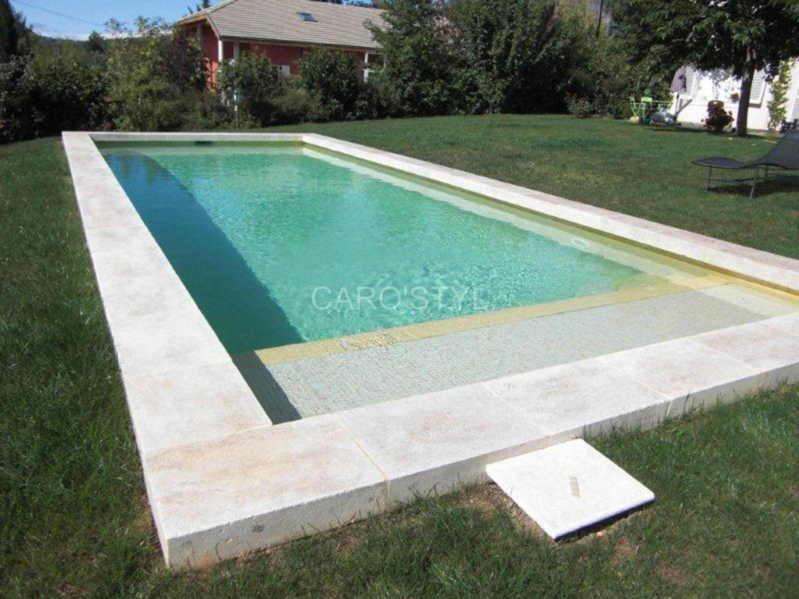 Margelle de piscine en travertin Magasin de carrelage