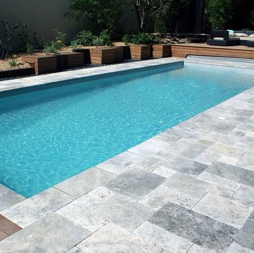 Margelle piscine gris pierre naturelle véritable