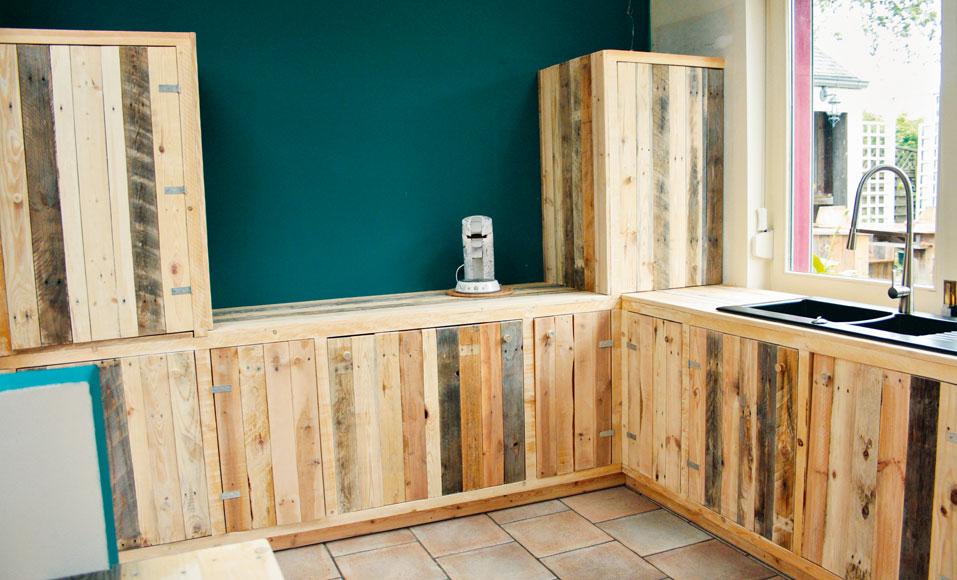 Fabriquer des meubles de cuisine avec des palettes en bois