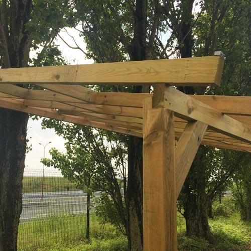 Pergola en bois avec ou sans toit polycarbonate