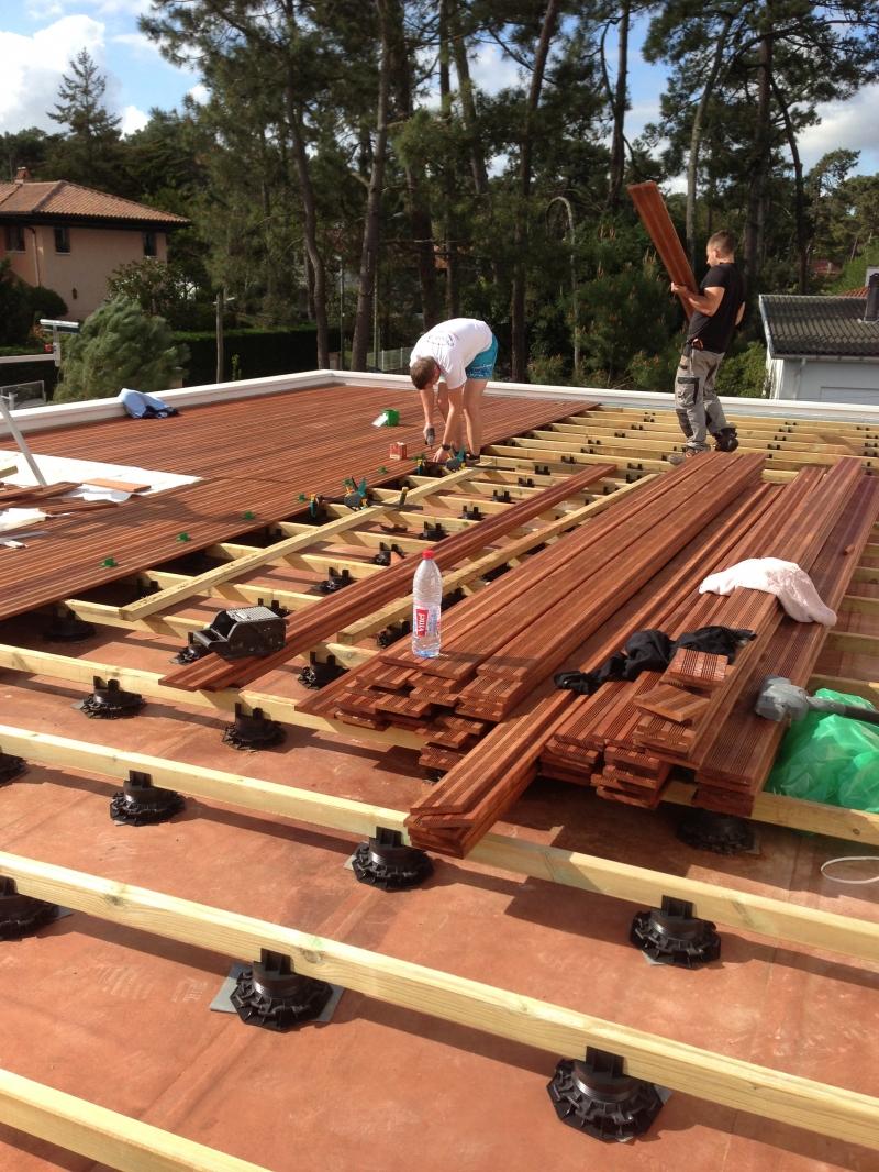 nettoyer terrasse en bois avec savon noir