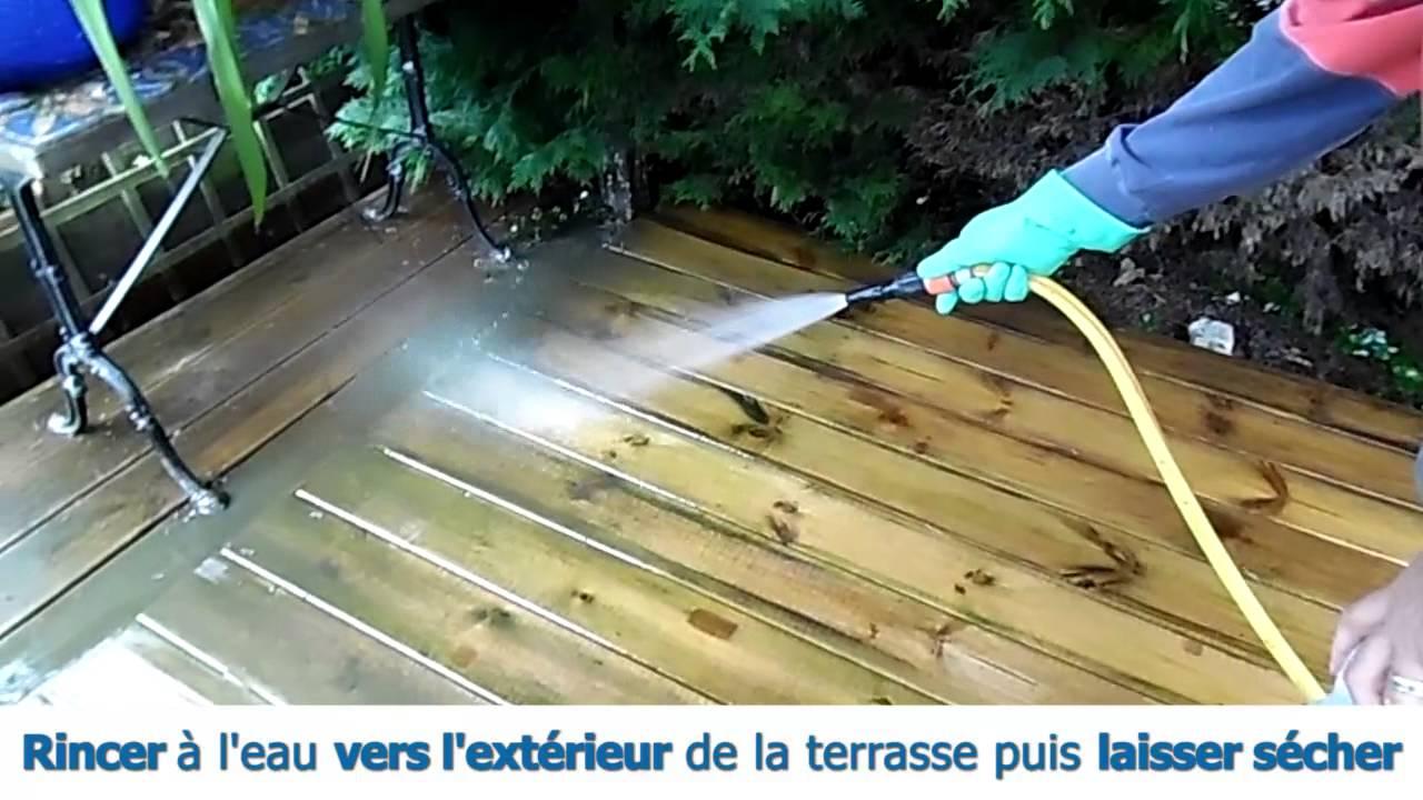 Traiter une terrasse en bois Nettoyer dégriser et