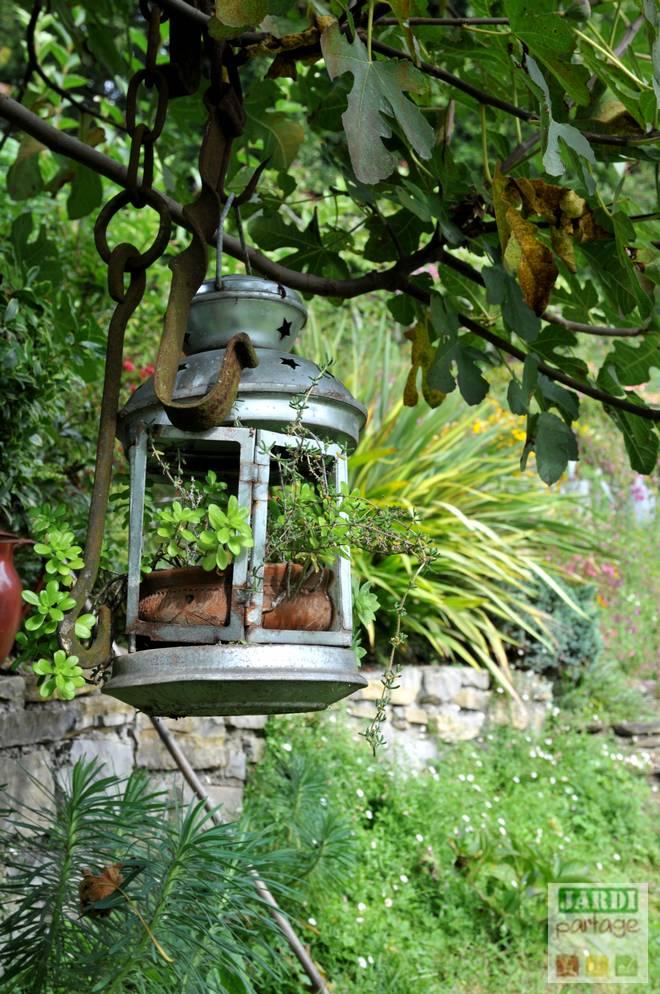 7 idées de déco de jardin avec de la recup