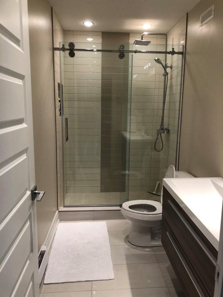 salle de bain sous sol Domaine des 4 Collines