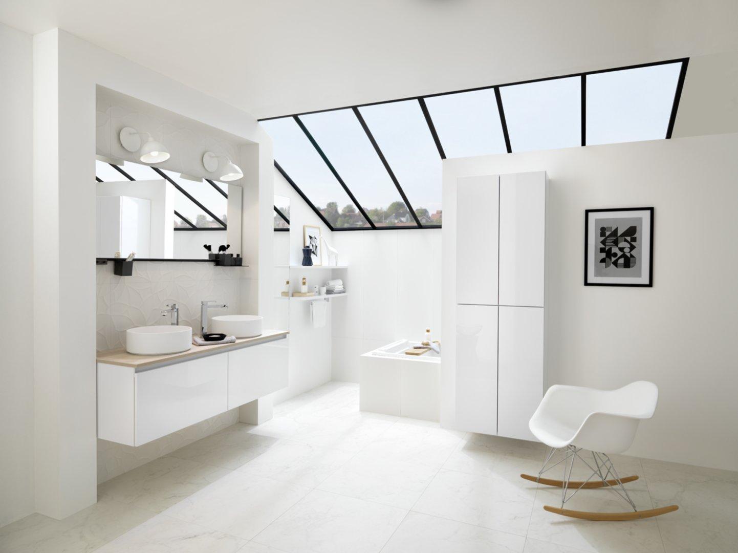 Salle de bains moderne sur mesure Schmidt
