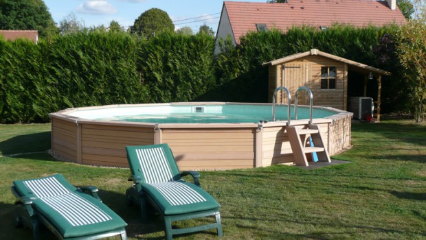 Wandgestaltung Wohnzimmer Enterrer une piscine hors sol