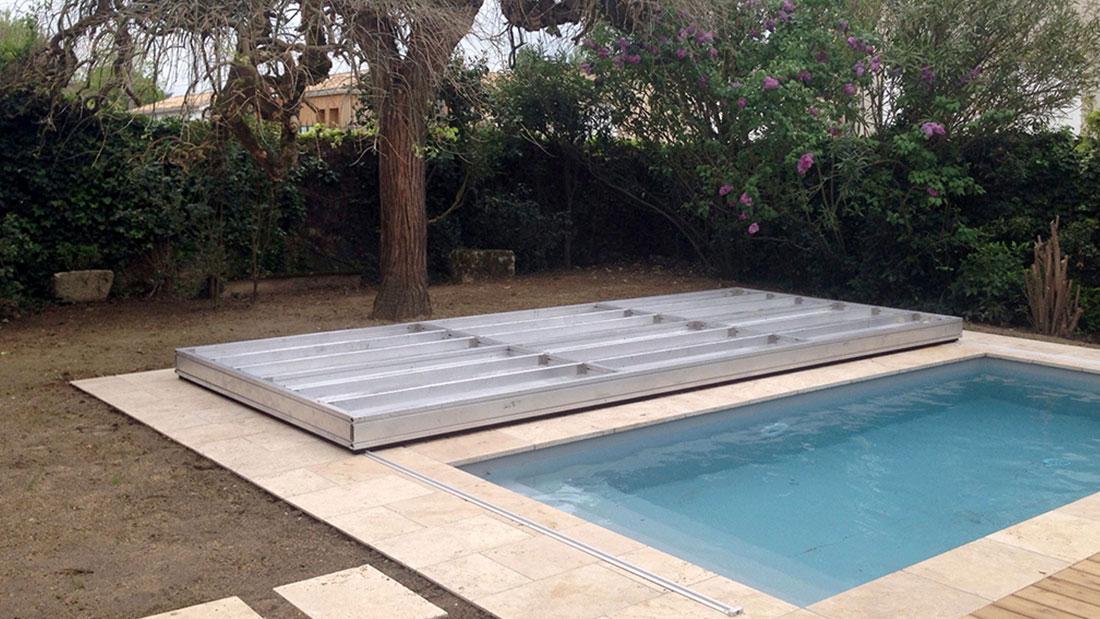 Couvrir une piscine par une terrasse Une installation en