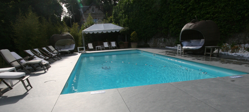 terrasse piscine ardoise