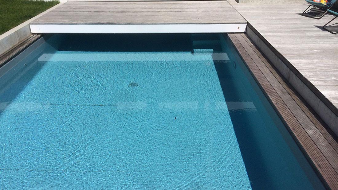 Terrasse mobile pour piscine en Charente Maritime Alkira