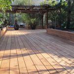 Planche Bois Terrasse Terrasse En Bois En Afzelia Avec Lames De Largeurs Différentes