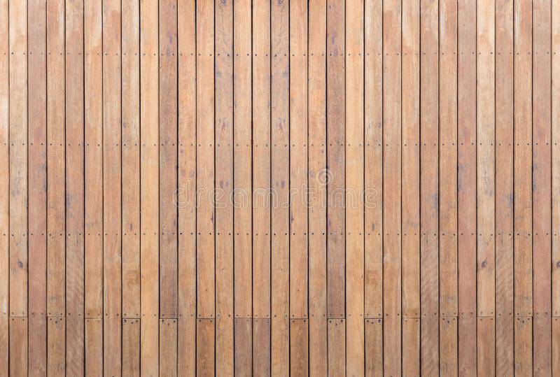 Decking Ou Plancher En Bois Extérieur Sur La Terrasse