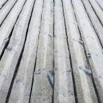 Plancher Bois Exterieur Plancher Extérieur En Bois Gris De Terrasse Stock