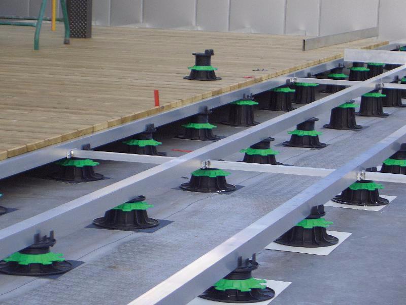 Plot terrasse bois en PVC fixe H 10 mm pour lambourde