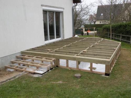 Terrasse bois prix sur pilotis Mailleraye jardin