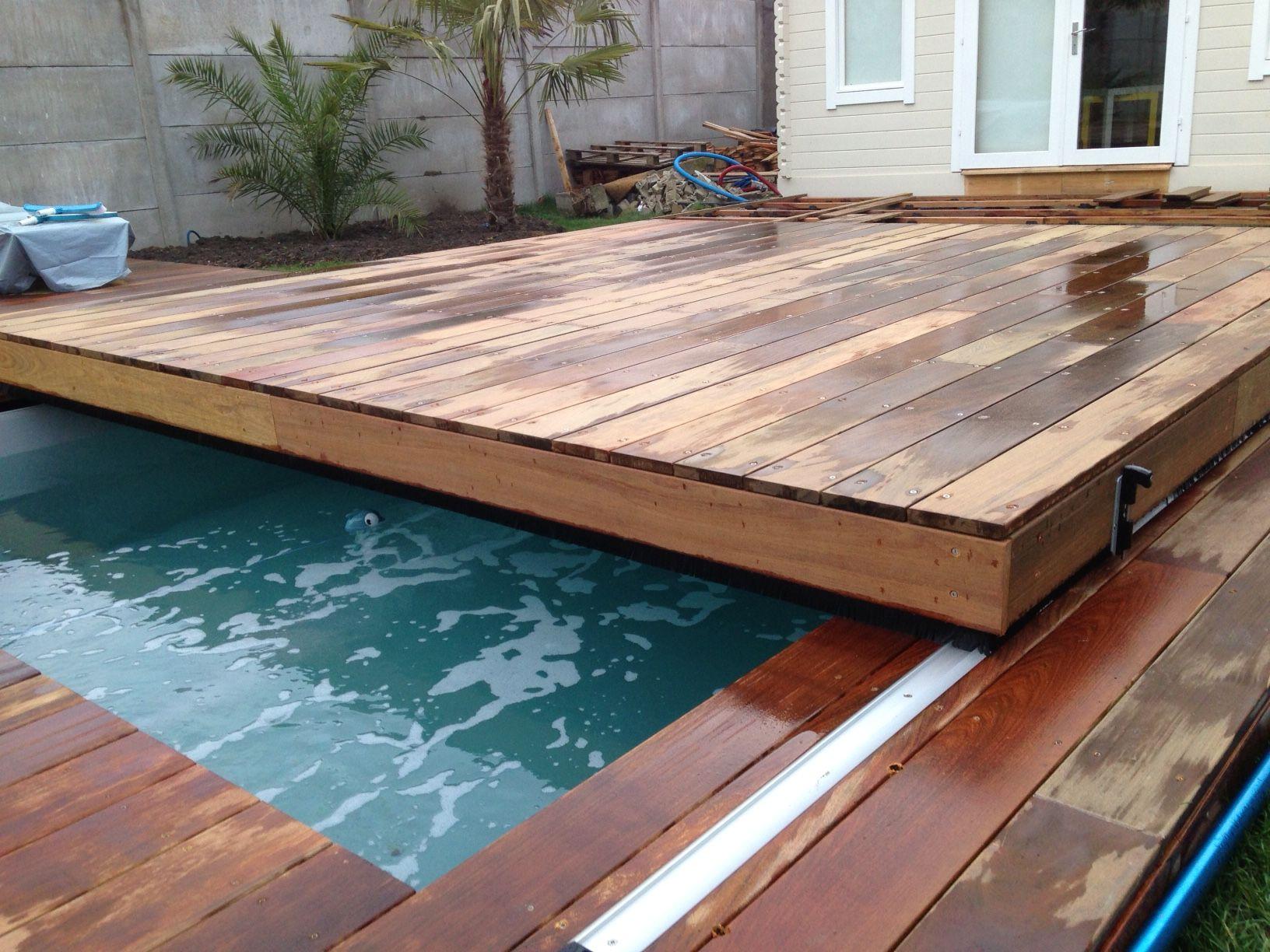 Création couverture de piscine amovible transformable en