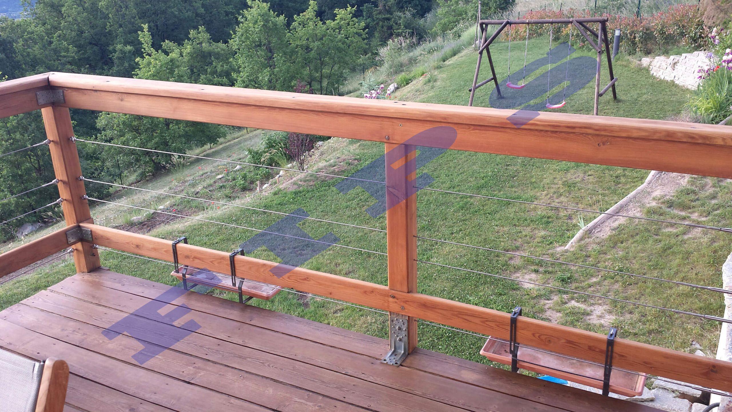 Barrière extérieure et terrasse ACCASTILLAGE FIPS