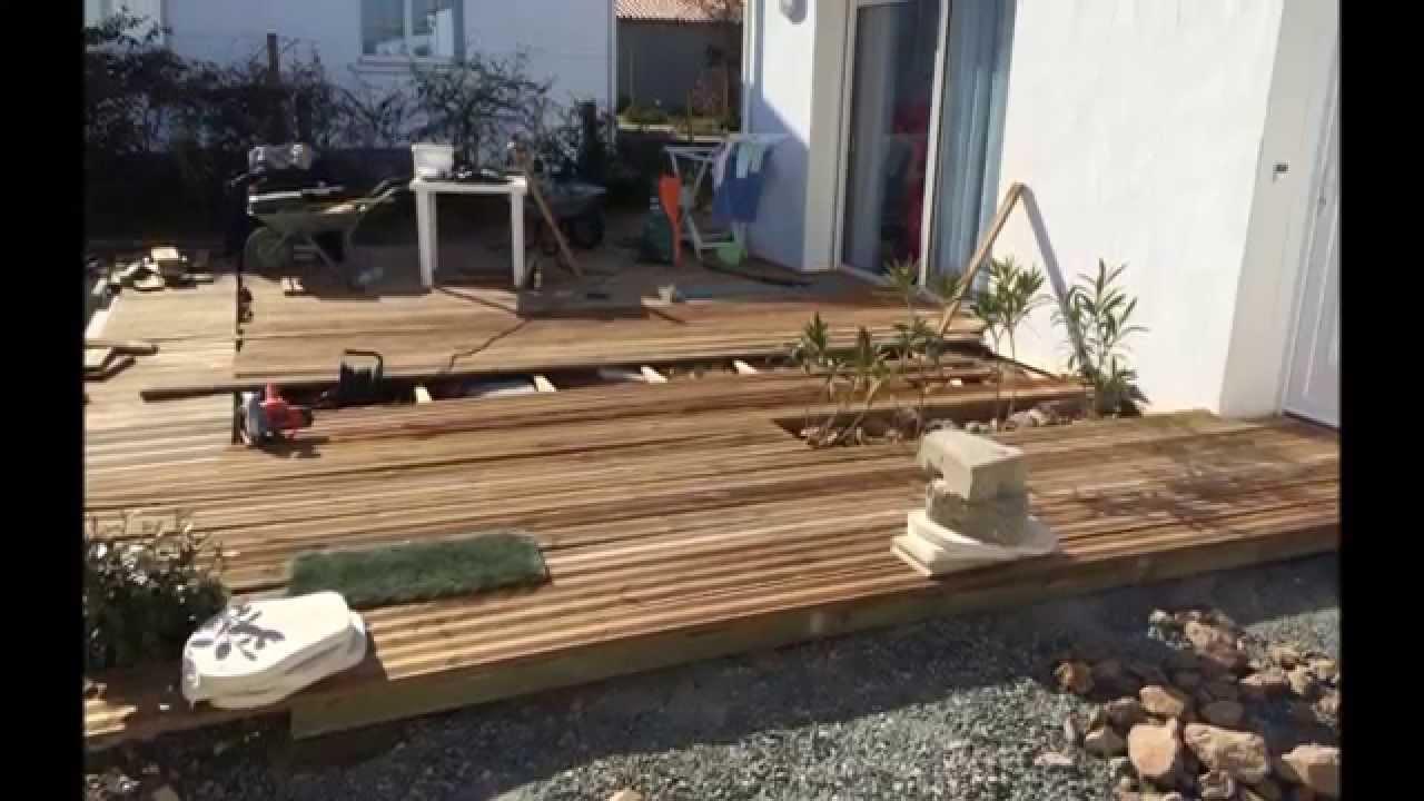 Réalisation d une terrasse bois autour d une piscine