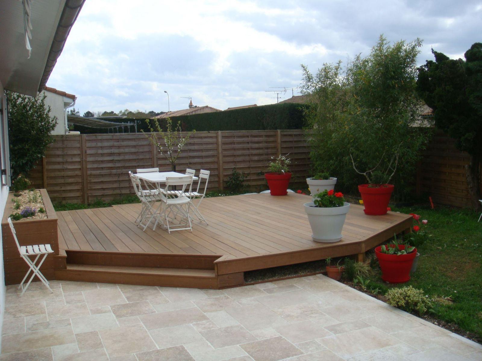 Réalisation d une terrasse en bois exotique et d une