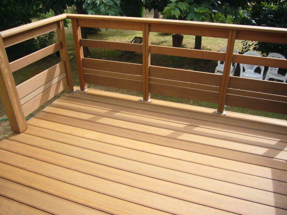 Réaliser une extension de terrasse en bois sur Aix en