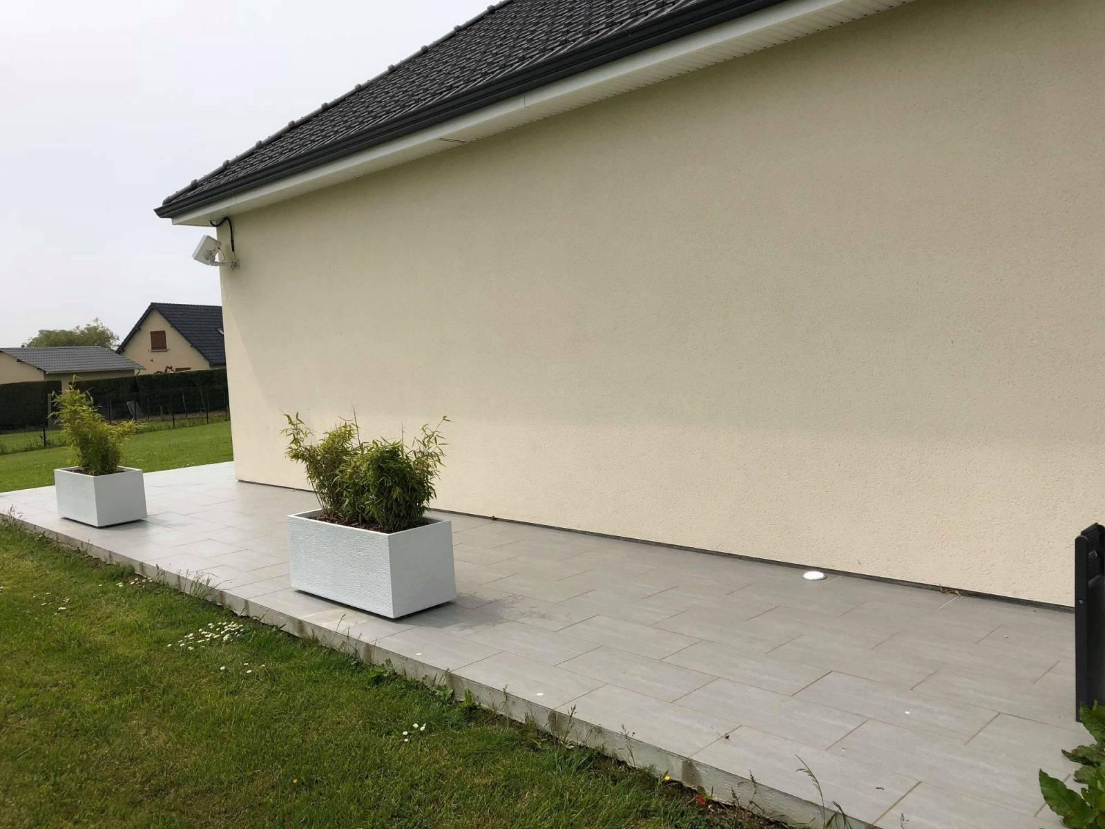 Création d une terrasse sur dalle béton et pose de