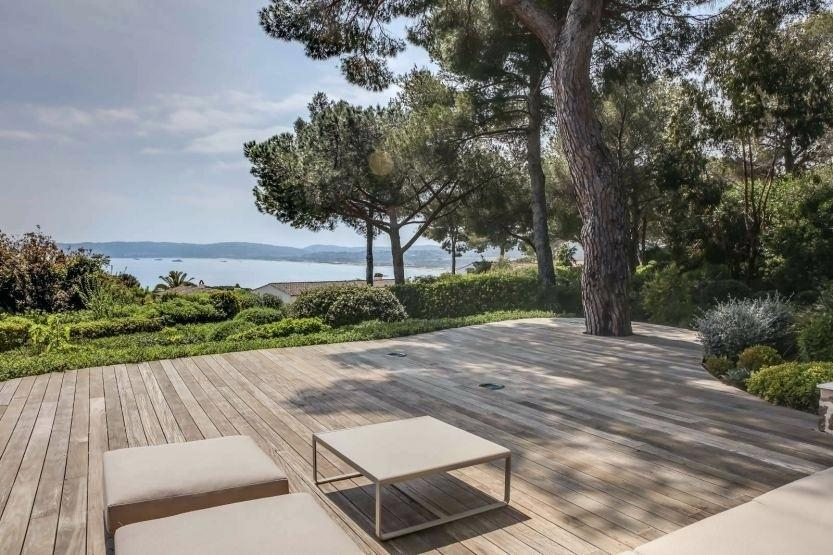 Recouvrir Une Terrasse Recouvrir Une Terrasse Carrelee Avec Du Bois Luxe Plot Idees Conception Jardin