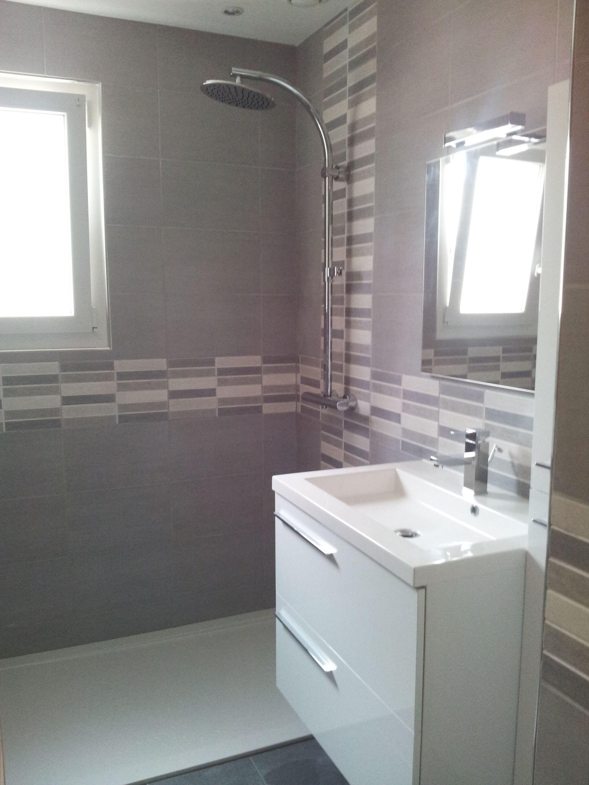 Salle De Bain Faience Grise salle de bain gris blanc faience salle de bain gris clair