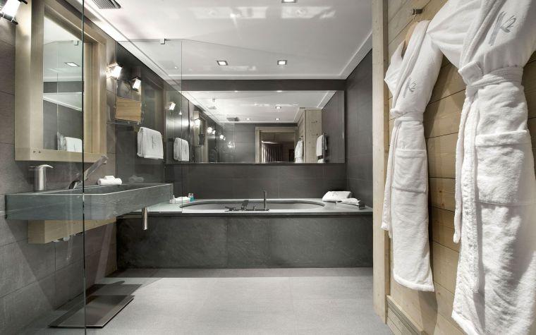 Carrelage salle de bain grise et bois en 34 idées de déco