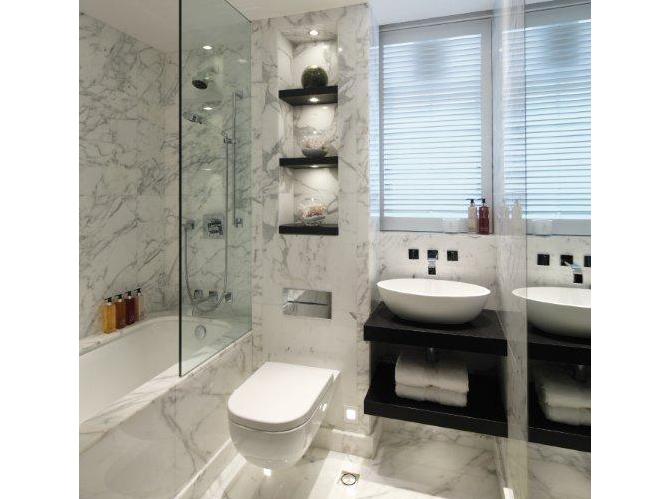 La salle de bains s habille en noir et blanc Elle Décoration