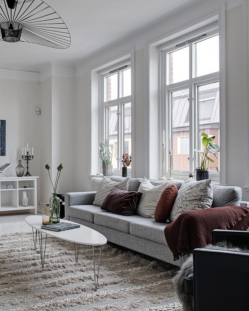 ment décorer votre salon avec le gris et le blanc