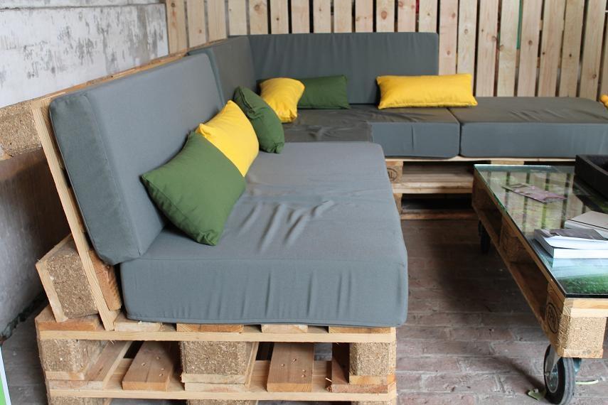 Salon De Jardin En Bois Palettes Bois Pour Construire Un Jardin Potager Suspendu