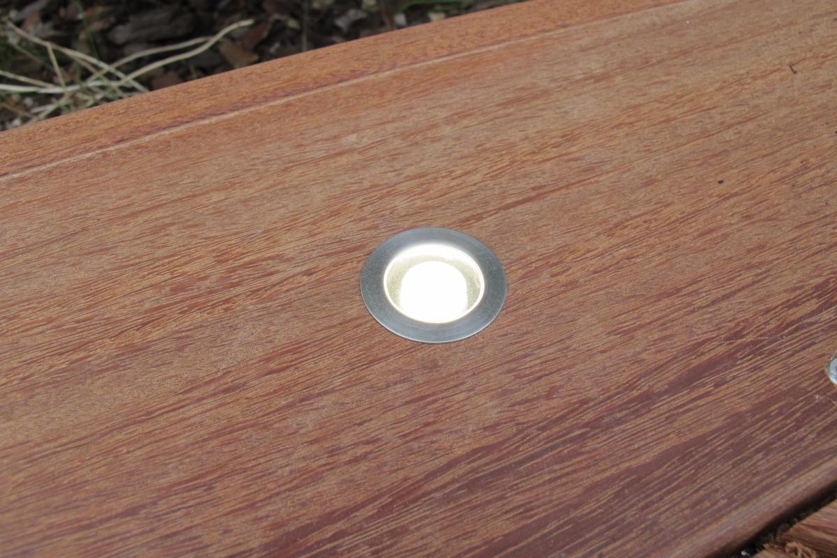 Spot LED à encastrer dans terrasse bois 30 mm