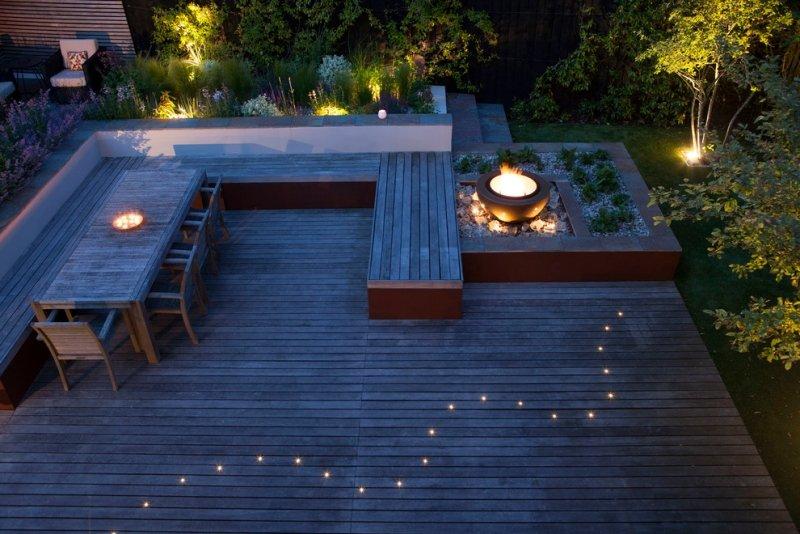 Terrasse bois avec spot Mailleraye jardin