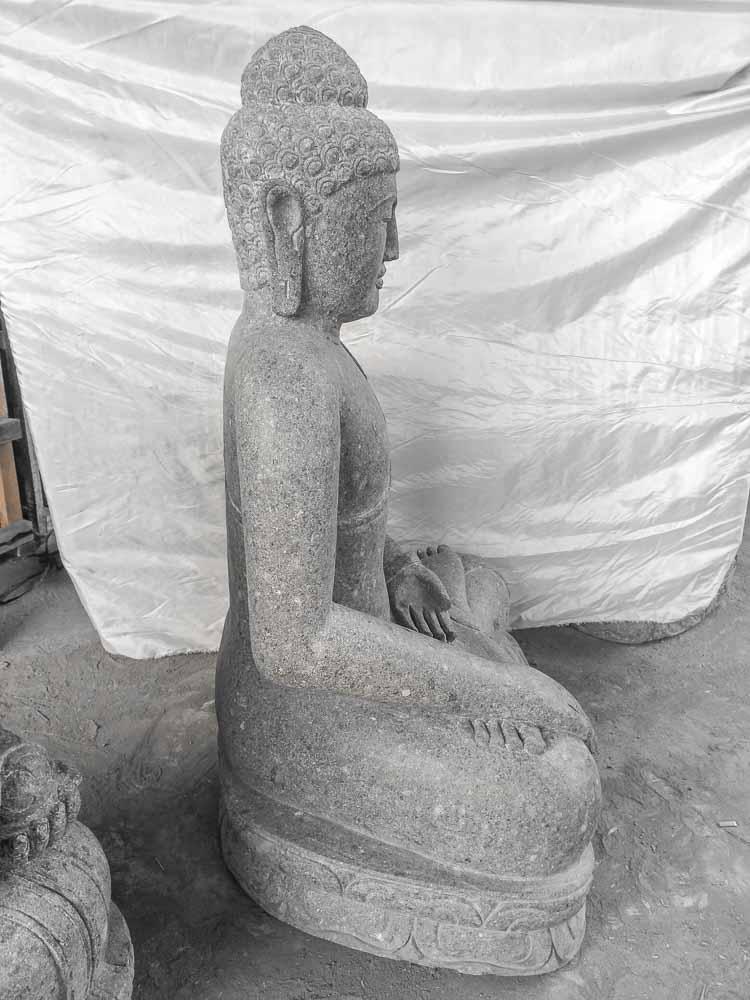 Statue Jardin Zen Statue De Jardin Zen Bouddha En Pierre Volcanique Position
