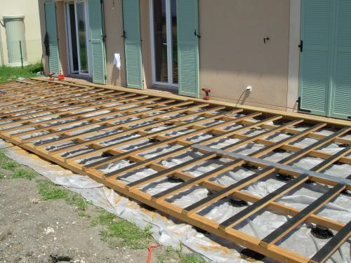 Terrasse en bois au ras du sol Décaissement pour l implanter