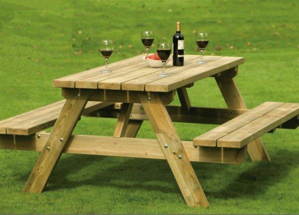Table en bois de jardin avec banc Menuiserie