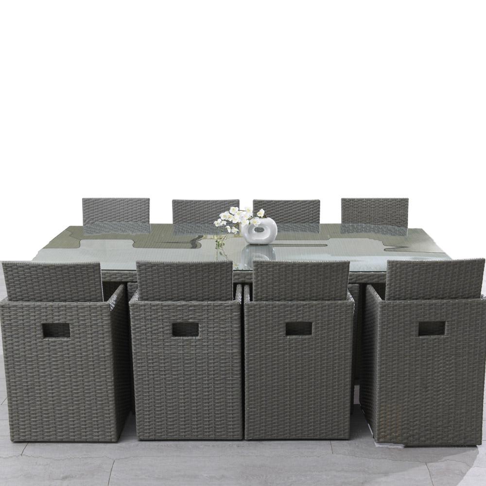 Table et chaises en resine tressee pas cher Cabanes abri