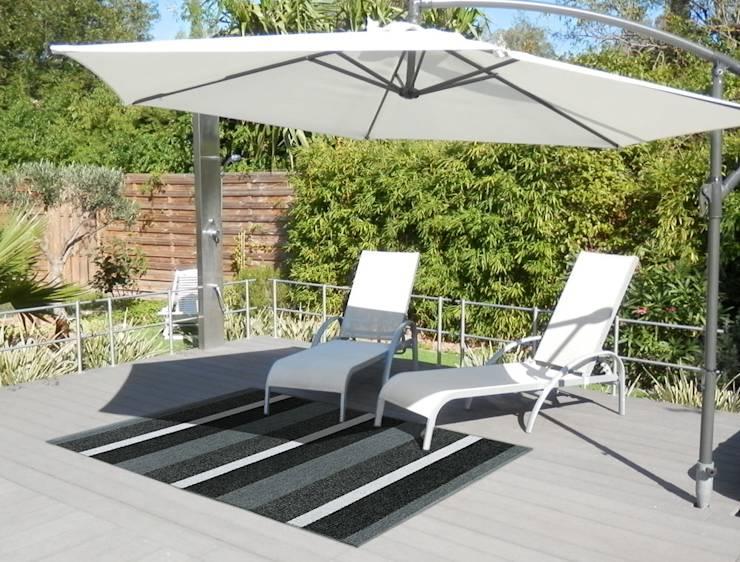 Des tapis pour colorer votre terrasse par ITAO