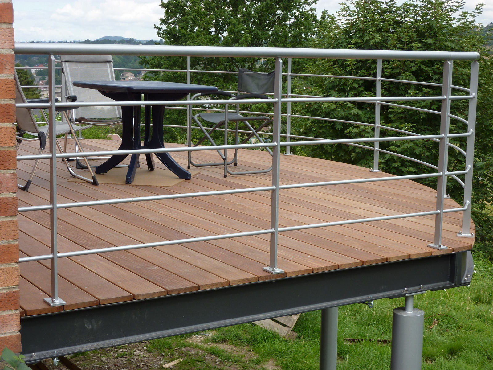 Terrasse bois sur pilotis tarif Mailleraye jardin